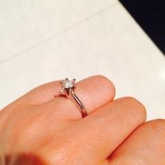 【ジュエリーツツミ(JEWELRY TSUTSUMI)の口コミ】 普段のお出かけにも気取らずつけられる、ダイヤの大きさ、指輪のデザイン…