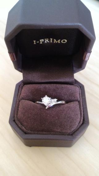 【アイプリモ(I-PRIMO)の口コミ】 指が短めなので、細く長く見えるようV字のデザインを選びました。 「ミラ…