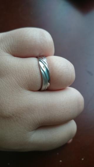 【JEWELRY  KAMATA(ジュエリーかまた)の口コミ】 ふらりと入ったジュエリーかまたで太めのちょうどいい指輪があったので、そ…