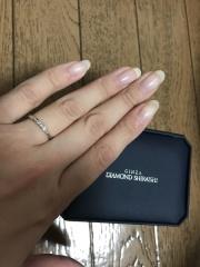 【銀座ダイヤモンドシライシの口コミ】 スタッフさんの丁寧な接客と素敵なデザインのリングが決めてです。価格もそ…