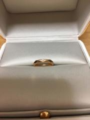 【ブシュロン(BOUCHERON)の口コミ】 婚約指輪と同じファセットが欲しくて、こちらに決めました。主人とお揃い…