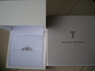 【ギンザタナカブライダル(GINZA TANAKA BRIDAL)の口コミ】 第一に、シンプルで、かつ結婚指輪と重ね付けをしたときに綺麗に見えるデザ…