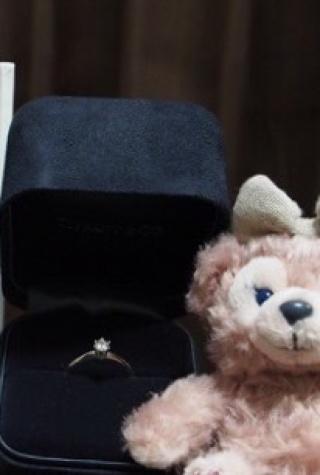 【ティファニー(Tiffany & Co.)の口コミ】 指輪の決め手になったのは、やっぱりティファニーの婚約指輪!という昔か…