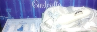 【CITIZEN Bridal(シチズンブライダル) / ディズニーシリーズの口コミ】 シンデレラが大好きで一目惚れしました。 指輪を購入するとガラスの靴やケ…