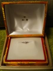 【WAKO BRIDAL+WORK SHOPの口コミ】 最初は可愛い感じの指輪を探していたのですが、実際見るだけと試着するのと…