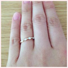 【ete(エテ)の口コミ】 一粒よりも主張がなく可愛いデザインが欲しかったので結婚指輪を探した同…