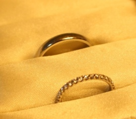 【TASAKI(タサキ)の口コミ】 結婚指輪には、ダイアがついているものが欲しいと決めていました。その中…