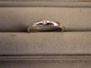 【ティファニー(Tiffany & Co.)の口コミ】 結婚指輪は、シンプル重視でいたので『まさにこれだ!』と、思いました。リ…