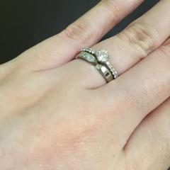 【ASTRALISの口コミ】 他の様々なブランドの指輪を見ましたが、これに勝る上品さを持つ指輪はな…