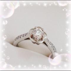 【シャネル(CHANEL)の口コミ】 カメリアのお花のデザインがとっても可愛らしく、かつ上品なデザインの指…