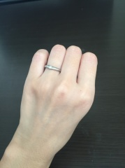 【Something Blue(サムシングブルー)の口コミ】 お店が家の近くだったことと、両親の結婚指輪もこちらでお世話になったと…