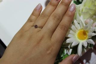 【William-LennyDiamond(ウィリアム・レニー・ダイヤモンド)の口コミ】 彼がサプライズで贈ってくれた婚約指輪でした。普段からシンプルなものし…