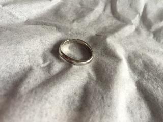【アイプリモ(I-PRIMO)の口コミ】 結婚指輪、婚約指輪ともに緩やかなラインがで成り立っていて、セットとして…
