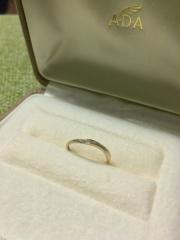 【A・D・A(エー・ディー・エー)の口コミ】 ある意味一目惚れでした。色んなタイプの指輪を見せて頂きましたが、気に…