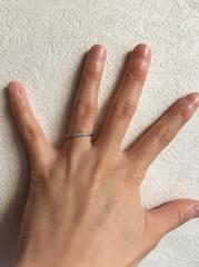 【4℃(ヨンドシー)の口コミ】 結婚指輪は4℃にすると決めていました。 憧れの4℃へ行くとたくさんの指…