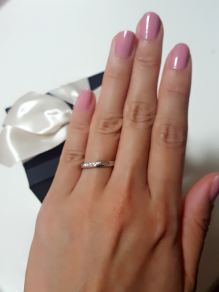 【エクセルコダイヤモンド(EXELCO DIAMOND)の口コミ】 他のブランドもみて検討しましたが同じようなデザインでも不必要に分厚くな…