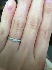 【ガラOKACHIMACHIの口コミ】 婚約指輪もガラ御徒町で購入したもので、ダイヤがある程度大きかったので…