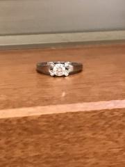 【カルティエ(Cartier)の口コミ】 婚約指輪はカルティエのバレリーナ!と昔から決めていたので、デザインは迷…