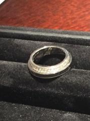 【JEWELRY  KAMATA(ジュエリーかまた)の口コミ】 店員さんの接客が最高でした。彼女が好きな指輪も選んでもらい、記念日、…
