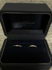 【銀座ダイヤモンドシライシの口コミ】 指輪の形が私の中でこれがいいと決まっていて、他の店舗2件見たんですが、…