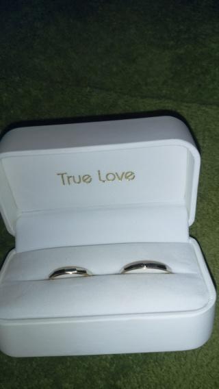 【True Love(トゥルーラブ)の口コミ】 できるだけ安くていい結婚指輪を探していました。でも、プラチナの指輪はど…