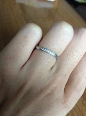 【俄(にわか)の口コミ】 値段も手頃で他にないデザインでとくにねじりが気に入りました。 指輪1つ…