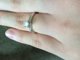 【ティファニー(Tiffany & Co.)の口コミ】 二人の結婚前のペアリングがティファニーだったので、こちらのものにしまし…
