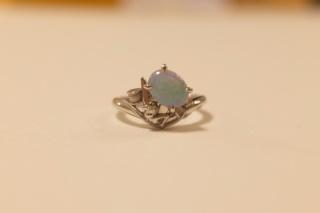 【ケイウノ ブライダル(K.UNO BRIDAL)の口コミ】 彼の母と私の母から婚約指輪をいただけることになったので、その指輪をリフ…