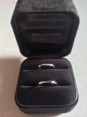 【ティファニー(Tiffany & Co.)の口コミ】 プラチナでダイヤが埋め込まれているデザインが良いと思って探していまし…