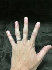 【アイプリモ(I-PRIMO)の口コミ】 指輪の決め手はデザインと価格です。 ほかの人と被るようなありふれたデザ…