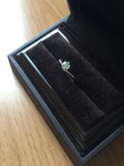 【アイプリモ(I-PRIMO)の口コミ】 主人からのプレゼントなので直接私はその場にはいませんでしたが、普段指輪…