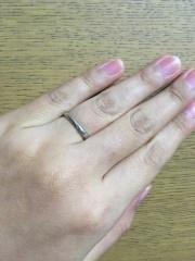 【俄(にわか)の口コミ】 シンプルな結婚指輪を探していました。長くつけるものなので、飽きることな…