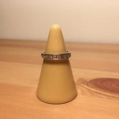 【ティファニー(Tiffany & Co.)の口コミ】 ラウンドブリリアントカットのダイヤと、バケットカットのダイヤのハーフな…