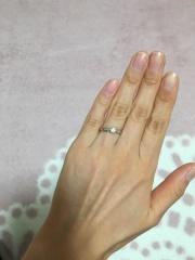 【ティファニー(Tiffany & Co.)の口コミ】 おすすめポイントはやはりデザインです。シンプルで、王道の婚約指輪!とい…