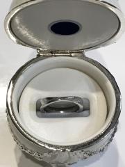 【JEWELRY  KAMATA(ジュエリーかまた)の口コミ】 婚約指輪をフルオーダーにして凄く気に入ったので、結婚指輪もフルオーダー…