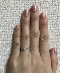 【Orefice(オレフィーチェ)の口コミ】 他店でも同様のデザインの指輪を見ていましたが、こちらの指輪はセンター…