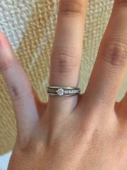 【ジュエリーツツミ(JEWELRY TSUTSUMI)の口コミ】 婚約指輪なのですが、プロポーズで改まってもらうのは照れくさいので旦那…