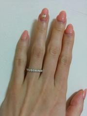 【銀座ダイヤモンドシライシの口コミ】 ダイヤモンドの輝きとつけ心地です。シンプルなハーフエタニティリングを探…