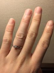【DEAREST(ディアレスト)の口コミ】 メッセージと誕生石を入れてくれるのと、結婚指輪と合わせれるデザインだっ…