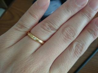 【ティファニー(Tiffany & Co.)の口コミ】 結婚指輪は最初からTiffanyが良いと思っていましたが、何個か試着をし、指…