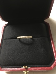 【カルティエ(Cartier)の口コミ】 ピンクゴールドの細めのエタニティを探していました。ピンクゴールドのエ…