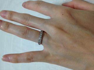 【ティファニー(Tiffany & Co.)の口コミ】 爪つきの1粒ダイヤのデザインはいかにも「婚約指輪」のイメージで抵抗が…
