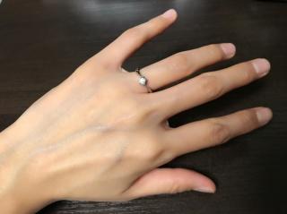 【4℃(ヨンドシー)の口コミ】 婚約指輪は普段使いが出来るイメージがなく、普段使い出来そうなブルガリ…