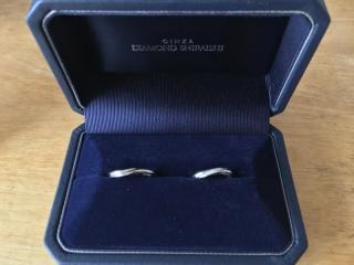 【銀座ダイヤモンドシライシの口コミ】 銀座ダイアモンドシライシ以外にも何社か来店し比較しましたが、指輪のウェ…
