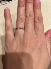 【アイプリモ(I-PRIMO)の口コミ】 とにかくシンプルな指輪を探していたので理想な指輪に出会えました。 ピン…