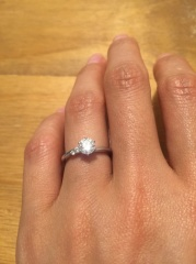 【ラザール ダイヤモンド(LAZARE DIAMOND)の口コミ】 彼が友人に相談しながら選んでくれたので、決めたのは私ではないですが、世…