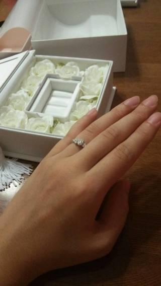 【アイプリモ(I-PRIMO)の口コミ】 どの指もデザインが可愛かったのですが、指輪を手につけているときの負担…
