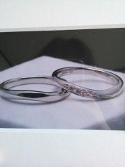 【JEWELRY  KAMATA(ジュエリーかまた)の口コミ】 一生に1度の結婚指輪。そう思うとなかなか決められずにいる私たちの話を親…