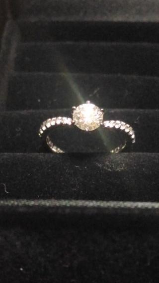 【宝寿堂(ほうじゅどう)の口コミ】 もともと手元にあった父のタイピンのダイアモンドをリメイクしました。初め…