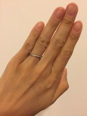 【ヴァン クリーフ&アーペル(Van Cleef & Arpels)の口コミ】 Van Cleef & Arpelsのロマンスの婚約指輪に一目惚れしたので、そのま…